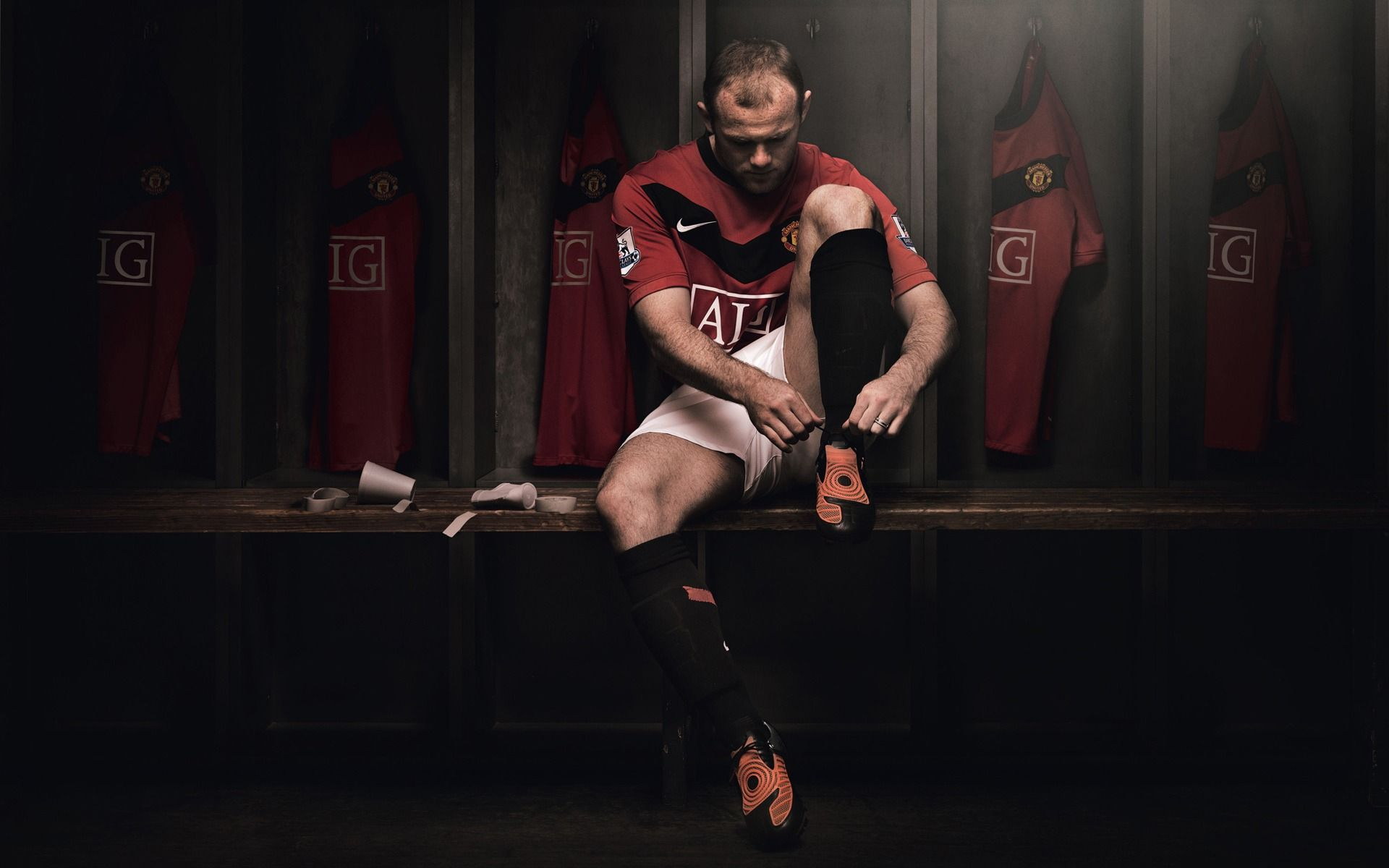 Wayne Rooney Wallpapers 46 Http Manchesterunitedwallpapers Org Wayne Rooney Wallpapers 46 Html Wayne Rooney Manchester United Logo Best Football Players