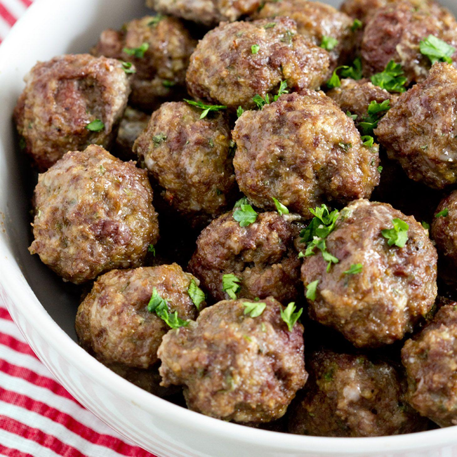 Easy Meatball Recipe Step By Step Video Lil Luna Recipe Homemade Meatballs Recipe Homemade Meatballs Easy Homemade Meatballs