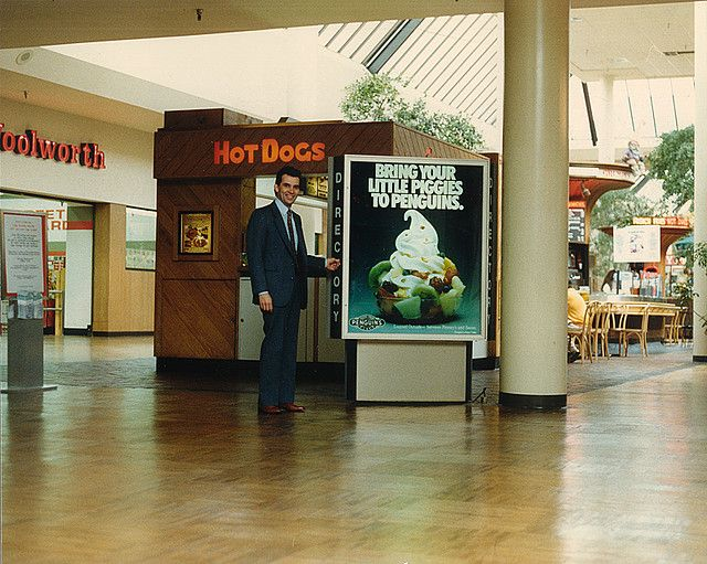 Hal Williams In Lakewood Center Mall Ca In The 1980 S Lakewood Vintage Mall Mall