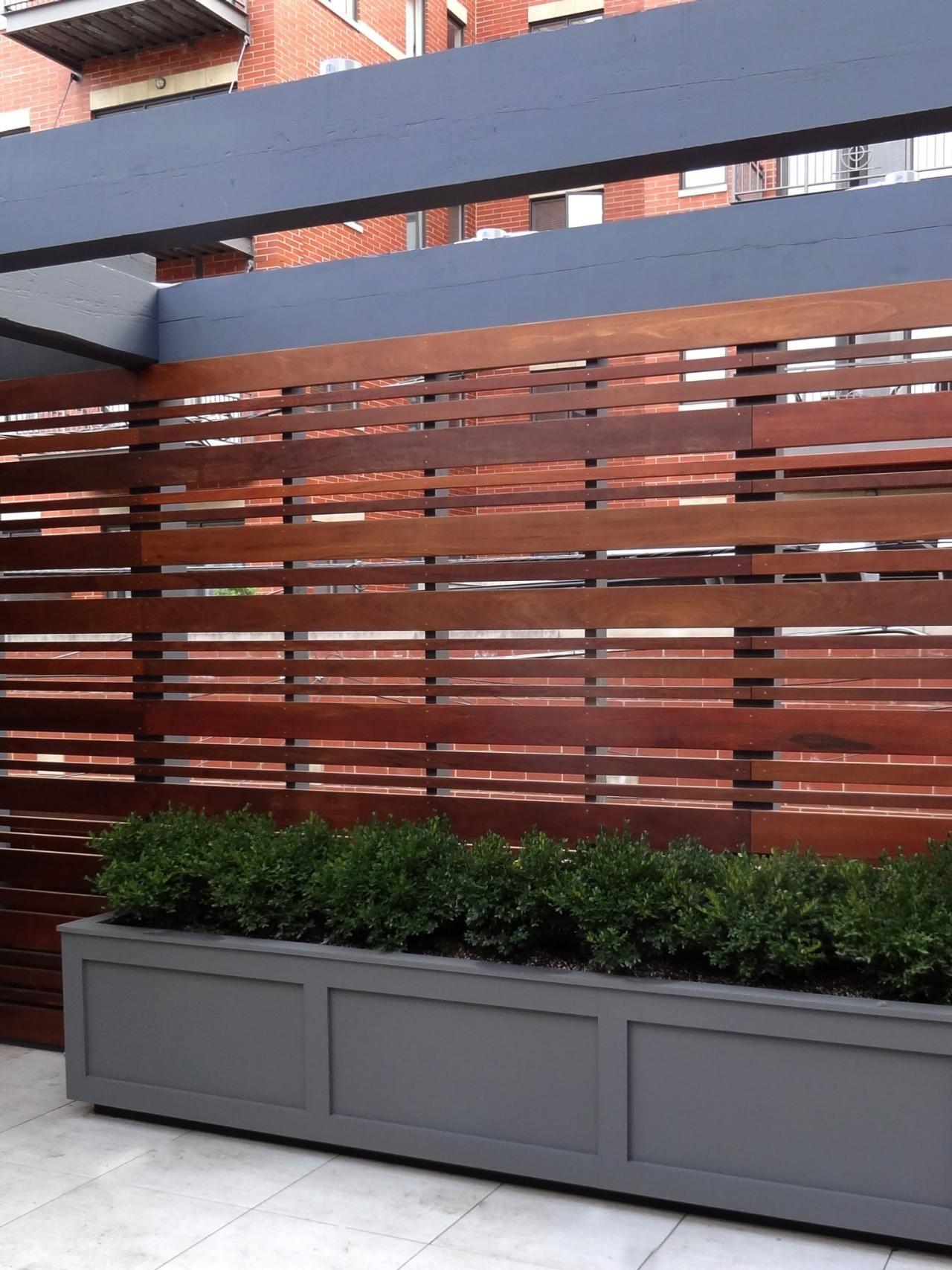 Hardwood horizontal fence