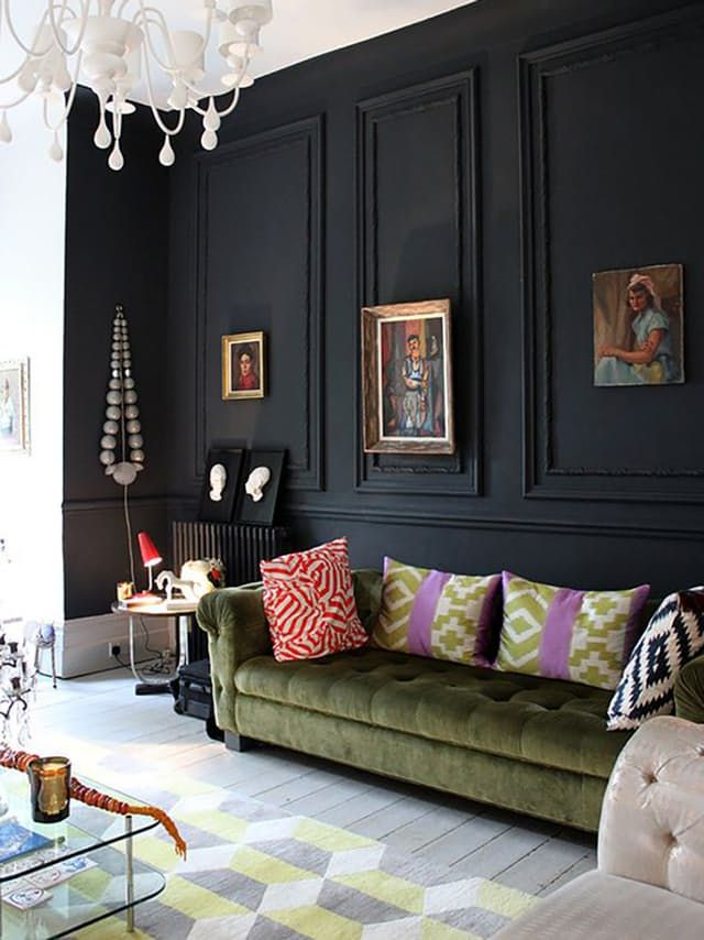 Really Feel Comfy With Black Living Room Furniture While many people, including myself, feel comfortable and confident donning  black head to toe (LBD, anyone?) the idea of using black in interiors is  one met ...