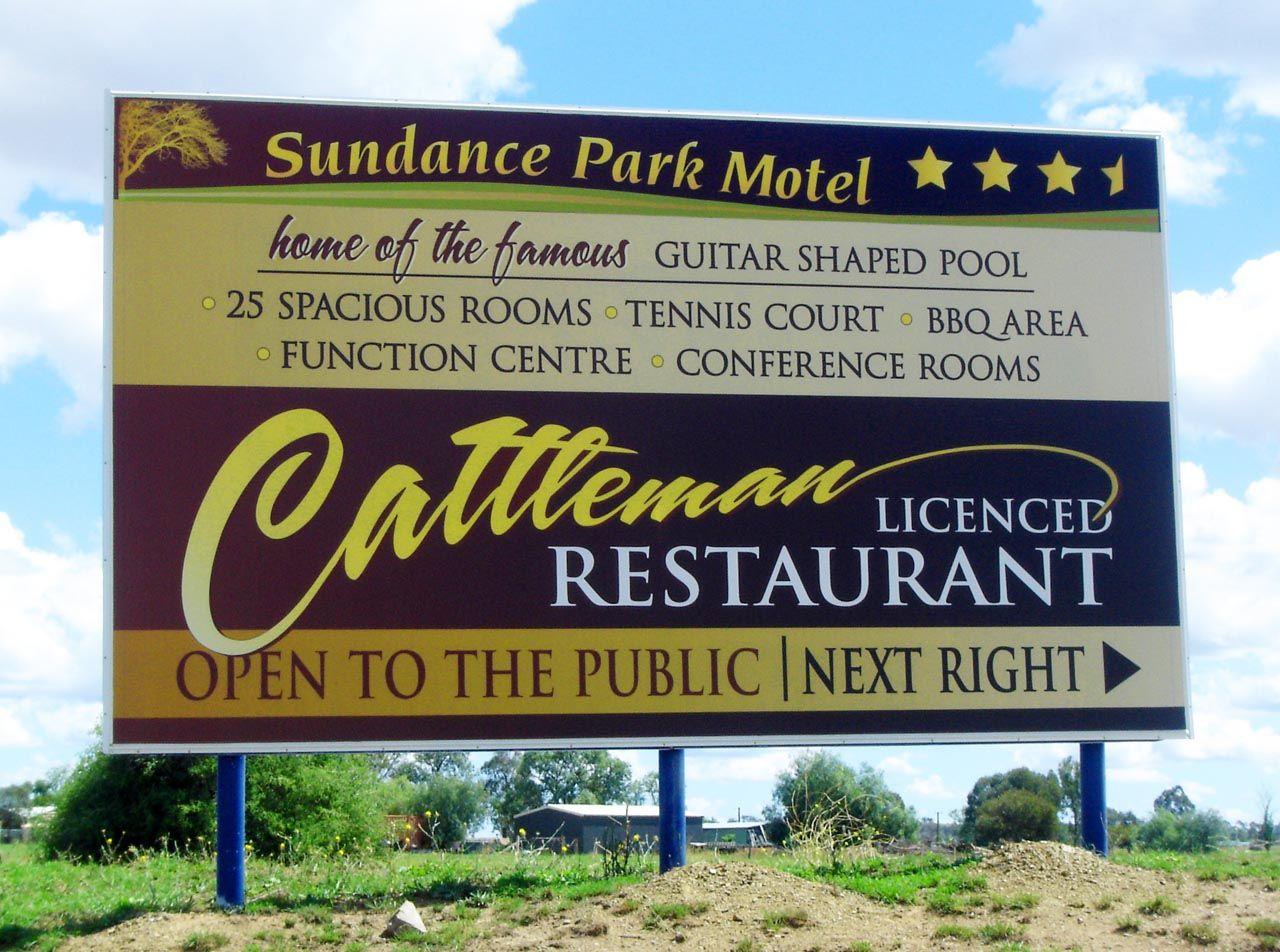 Tw Signs Tamworth Retail Signage Illuminated Signage Window Signage