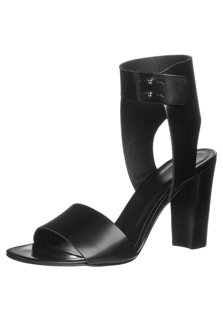 Whyred - ANGELIQUE - Korolliset sandaalit - musta