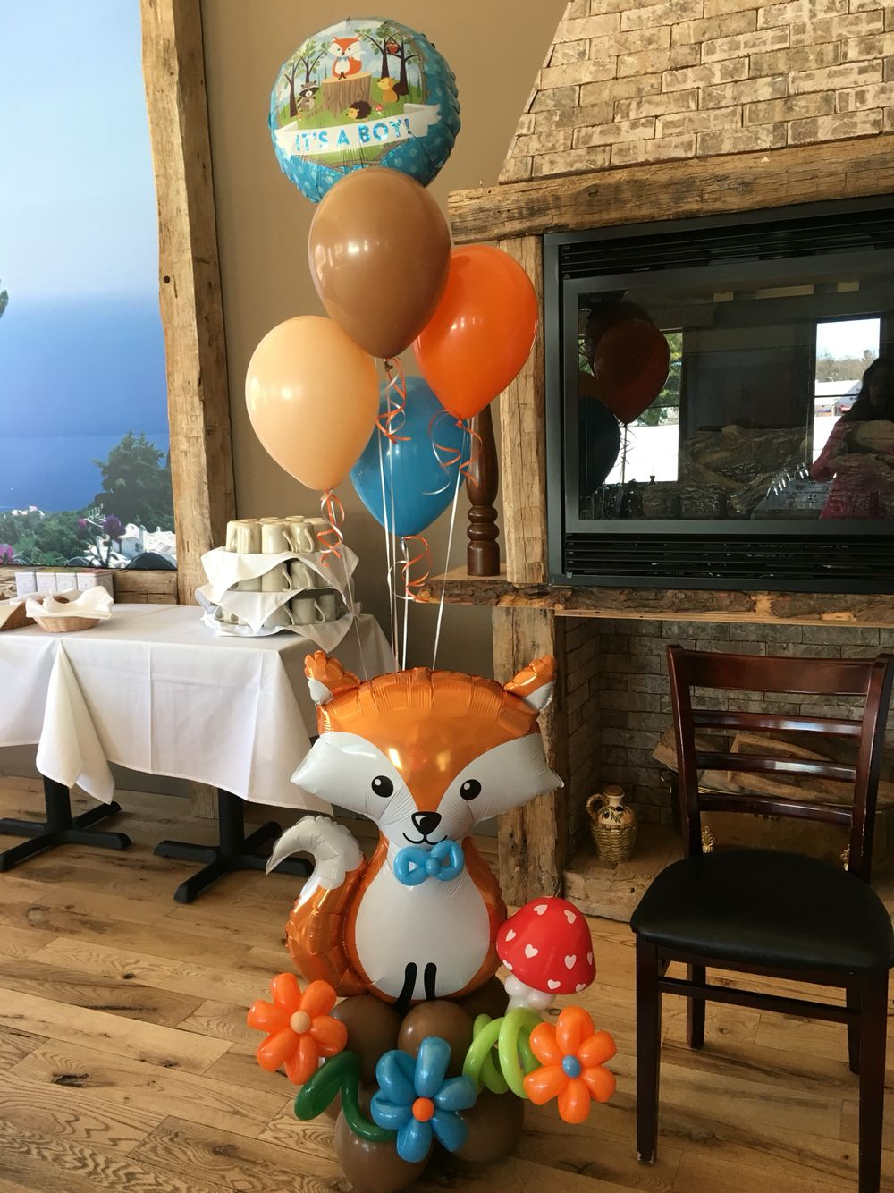 Woodland creature baby shower balloon decor by connecticut for Balloon decoration chicago