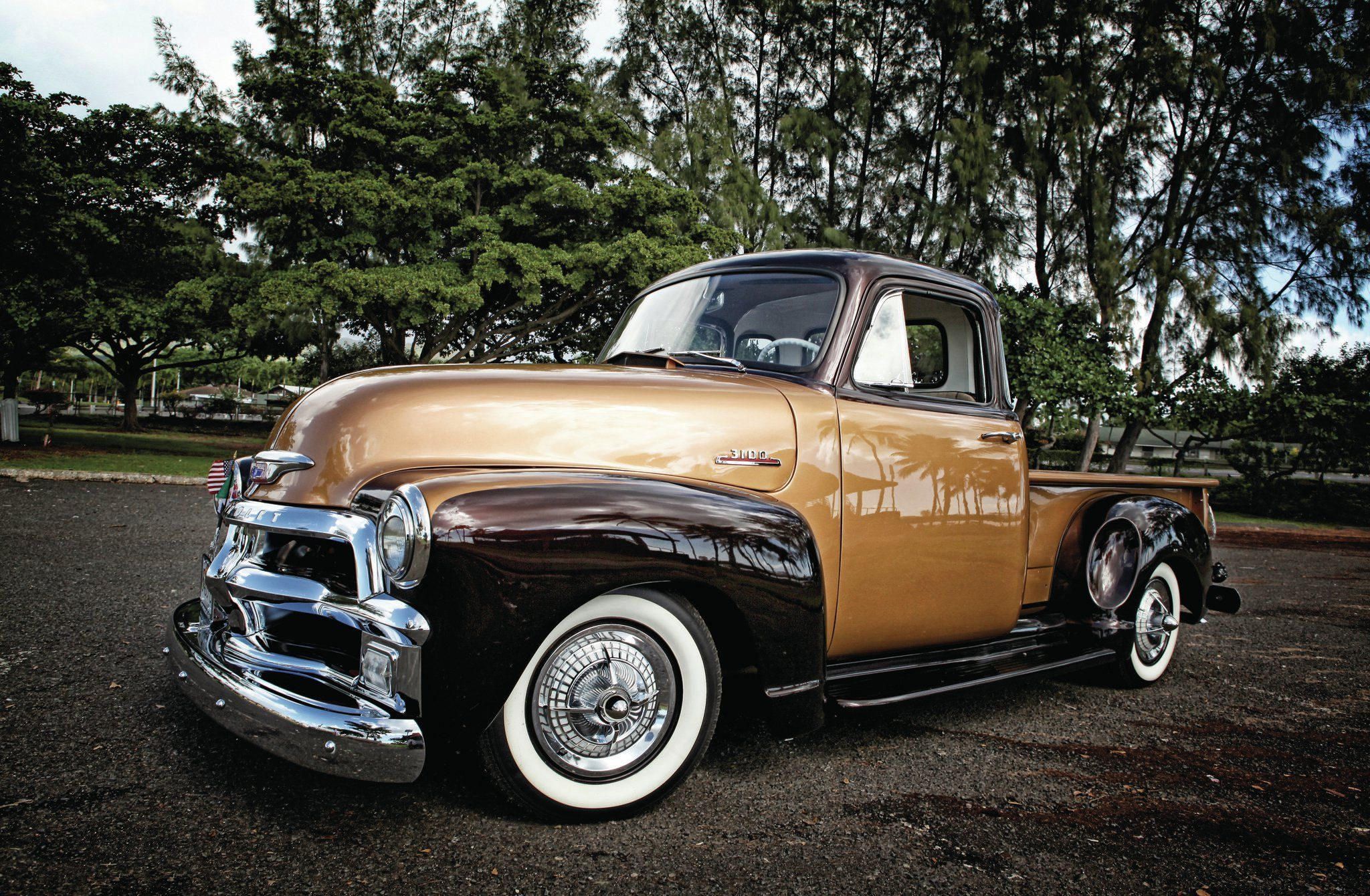1954 Chevrolet 3100 Pickup Retro Lowrider Wallpaper 2048x1340 484298 Wallpaperup Classic Cars Trucks Vintage Pickup Trucks Chevy Trucks