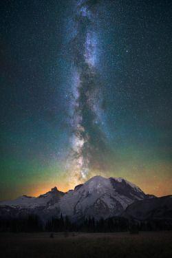 "folklifestyle:  banshy:  Mt Rainier // Michael Shainblum   Use code ""tumblr"" for 50% off your order at www.folklifestyle.com"