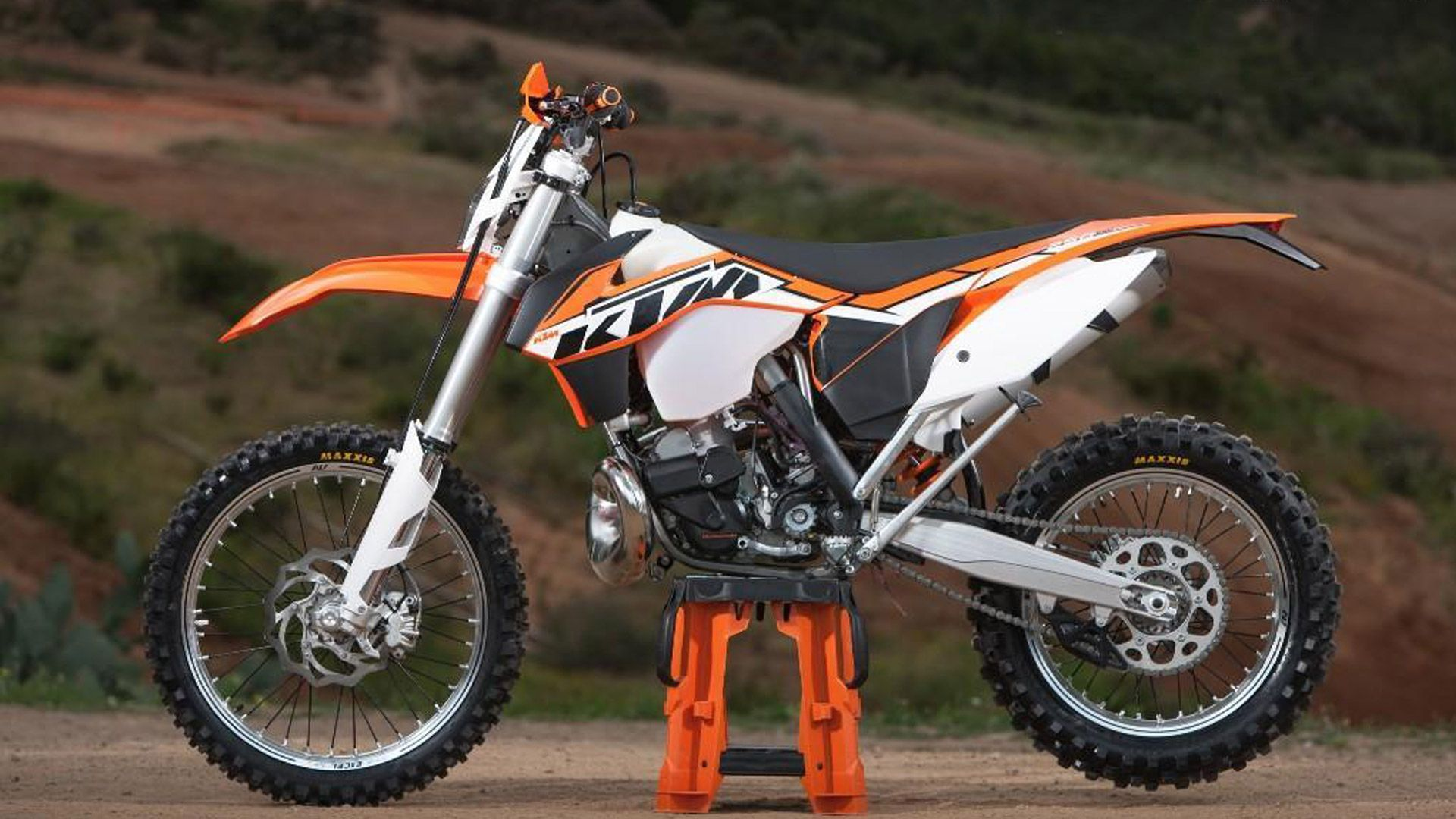 Review Ktm 250 Xc W 2014 2014 Ktm 250 Xc W Specs And Review