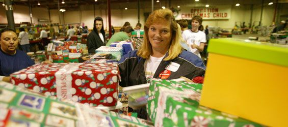 ProcessingCenter for Samaritan's Purse, started by Franklyn Graham,… | Operation christmas child ...