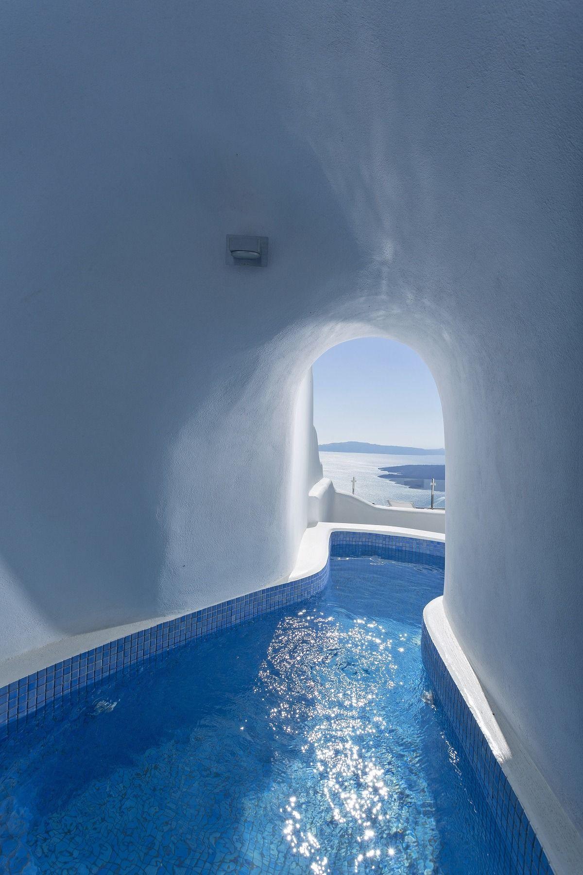 12 Sensational Cave Pools In Santorini Santorini Hotels