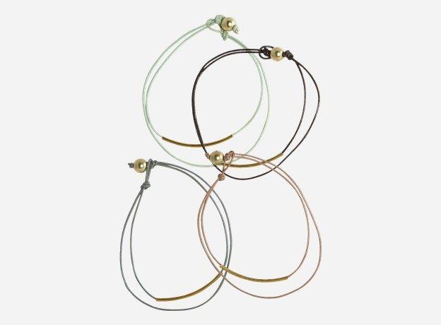 Pl0190 - Armbånd, Define, assorteret 4 fv. grå/sort/grøn/støvet rosa