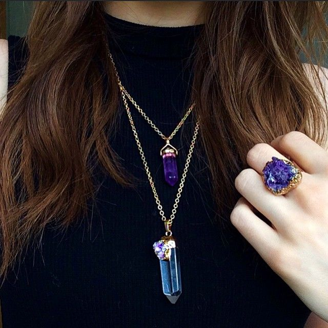 #ShareIG Crystal necklaces and rings from @shop_silah ✨