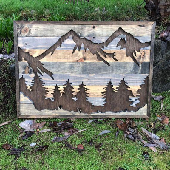 Mittlere rustikale Berge und Bäume Silhouette Holz Wandkunst #stainedwood