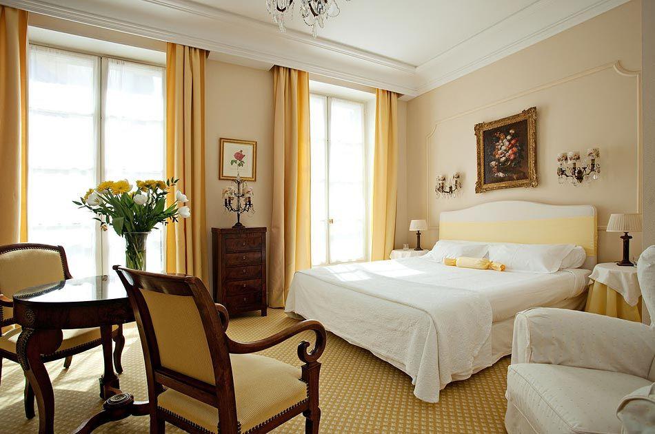 HOTEL D EUROPE AVIGNON  l  HOTEL 5 ETOILES CENTRE AVIGNON