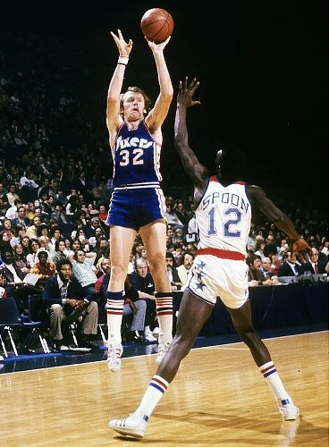Billy Cunningham played 9 seasons all with the Philadelphia 76ers ... 068d1f8f7