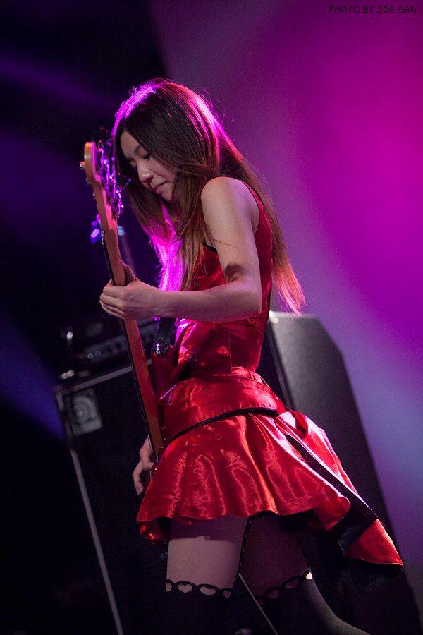 Scandal Special Live Malaysia 2012 Tomomi Ogawa Scandal Japanese Band Japanese Girl Band Female Guitarist