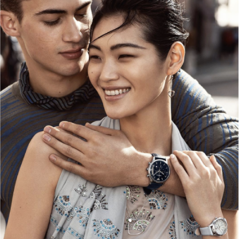 Get your special someone a watch this spring season with Armani's newest collection. Our selection of Armani timepieces feature the same sleek and modern style. See here https://www.uretilalt.dk/brands/armani-ure