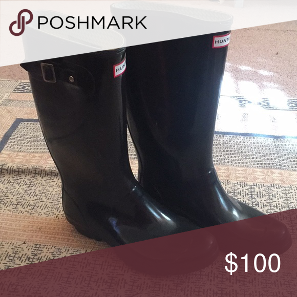 202f57d231fa2 Black gloss hunter boots Black Gloss women s hunger rain boots size 11.  Style  Huntress Gloss. Great condition worn maybe 5 times.