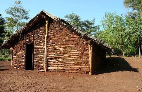 Casa de pau a pique casas pinterest - Tipos de tejados para casas ...