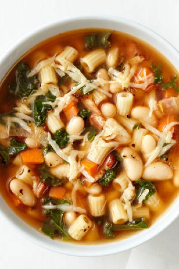 Pasta Kale And White Bean Soup Recipe In 2019 Soups Stews