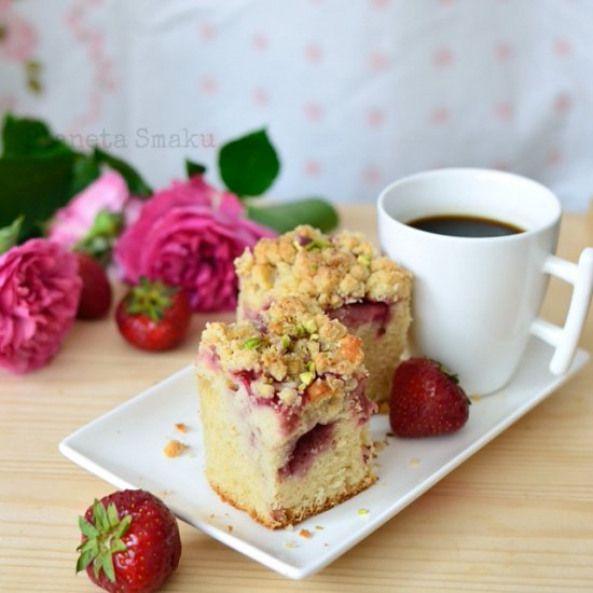 Spelt flour strawberry coffee cake. Light fluffy really ...