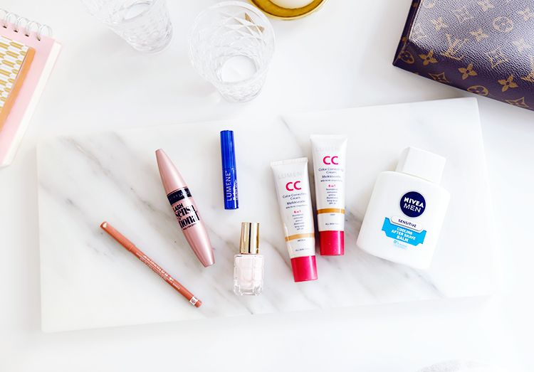 Let me introduce you to my top six budget beauty buys! Some of these I've used for years, and some are new finds that I've fallen in love with just recently. Antakaahan kun esittelen teille kuusi suos