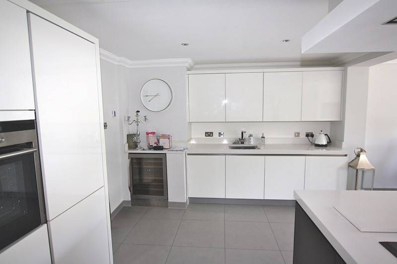black and white island kitchen from lwk kitchens with