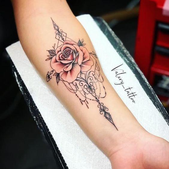 55+ Atemberaubende Ideen für florale Tattoos – #Atemberaubende #Blumen #Ideen #Tattoos … #Tattoos #tattoogirls