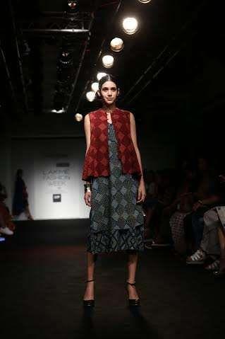 """Indigene' by Jaya & Ruchi Unveiled """"Transience"""" '@ LAKME FASHION WEEK S/R 2016"""