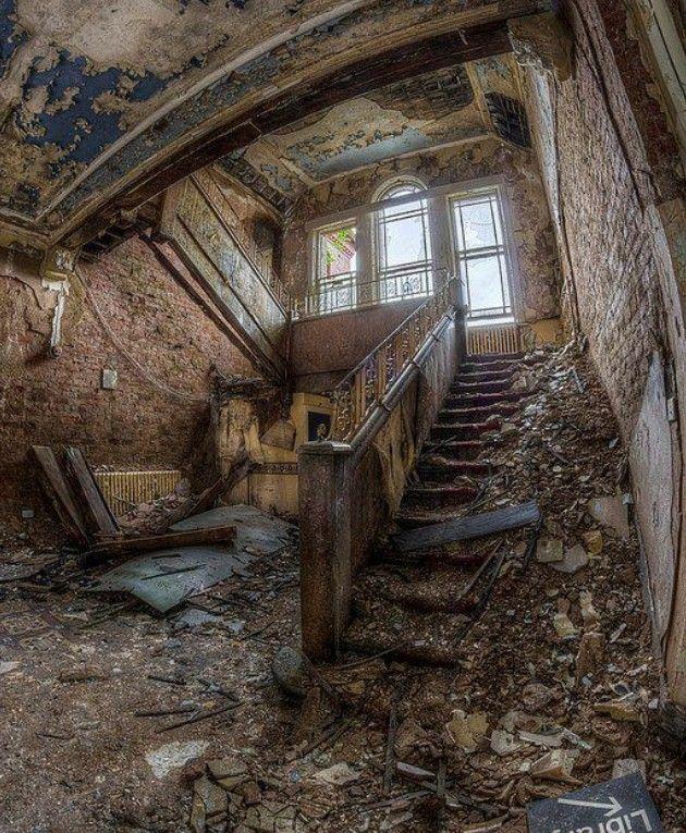 Abandoned Houses Image By Larissa Lemke On Abandoned