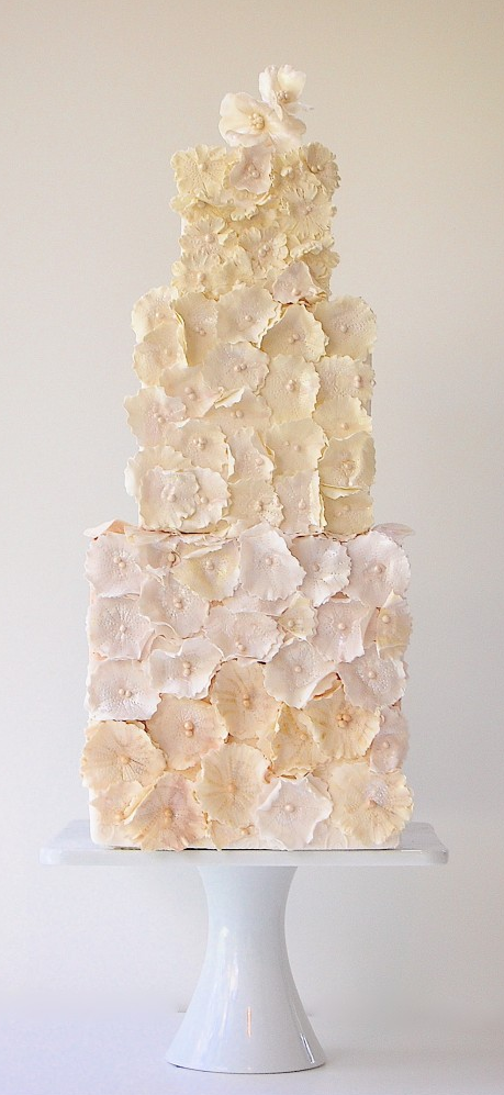 Beige flowers wedding cake