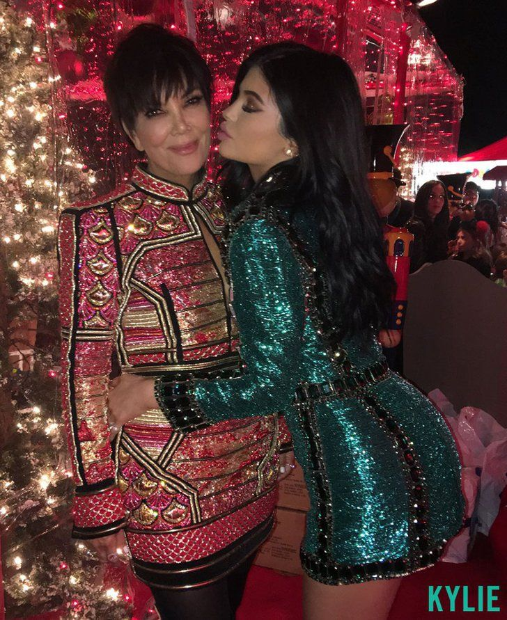 Pin for Later: Nobody Throws Parties Quite Like the Kardashian Family's Christmas Bash