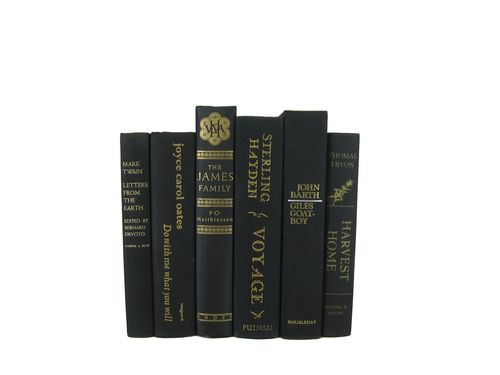 Black Decorative Hardcover Books, S/6  #DecadesofVintage #vintagehomedecor #bookshelfdecor #vintagebookdecor #oldbooks #decorativebooks #interiordesign #stagingprop #homedecor #booksbycolor