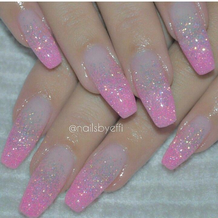 Clear and pink faded acrylic nails | Nails in pink | Pinterest