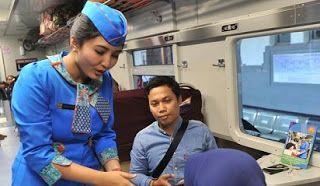 Syarat Menjadi Pramugari Kereta Api Terbaru Gaji Pramugari Kereta Api Eksekutif Tugas Pramugari Lowongan Pramugari Pramugari Kereta Api Pramuga Pramugari Wanita