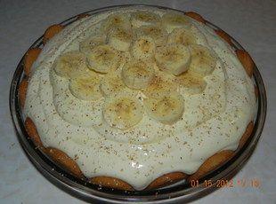 Eggnog Banana Pie #bananapie