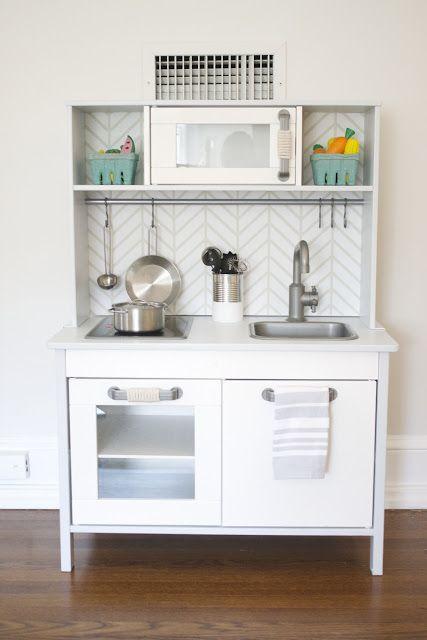 ikea duktig kids kitchen hack cuisini. Black Bedroom Furniture Sets. Home Design Ideas