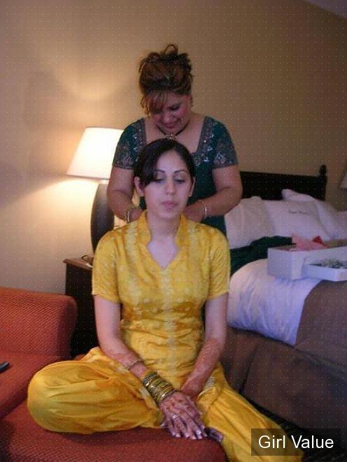 pakistani girl in light yellow shalwar kameez