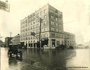 Manitonna Hotel Brockville Ontario