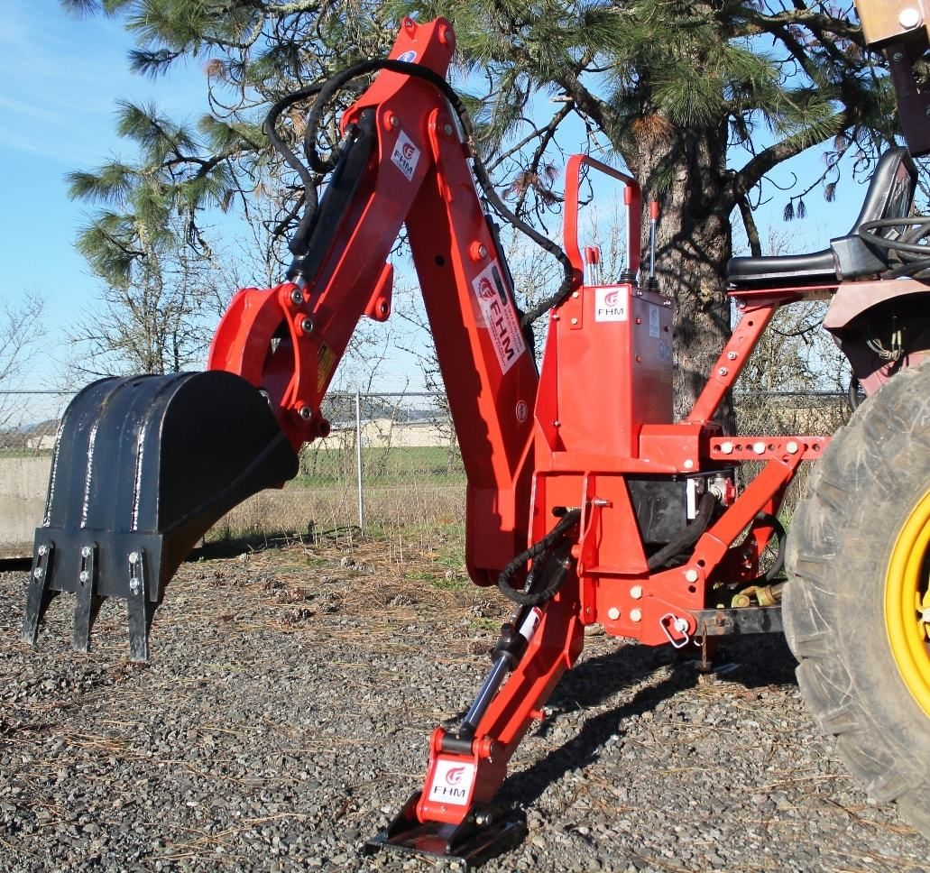 7' Dig Self Contained Tractor Backhoe FH-BH7 in 2019 | Farm