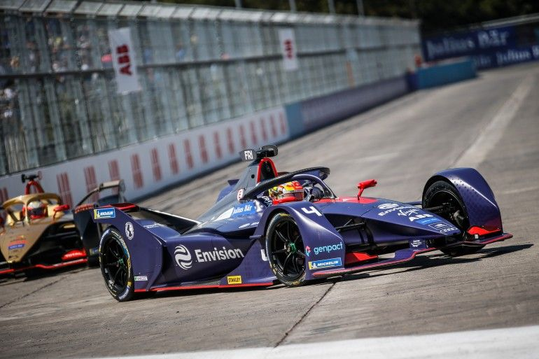 From 0 To 60 In 2 7 Seconds Formula E Electric Car Racing Comes Of Age
