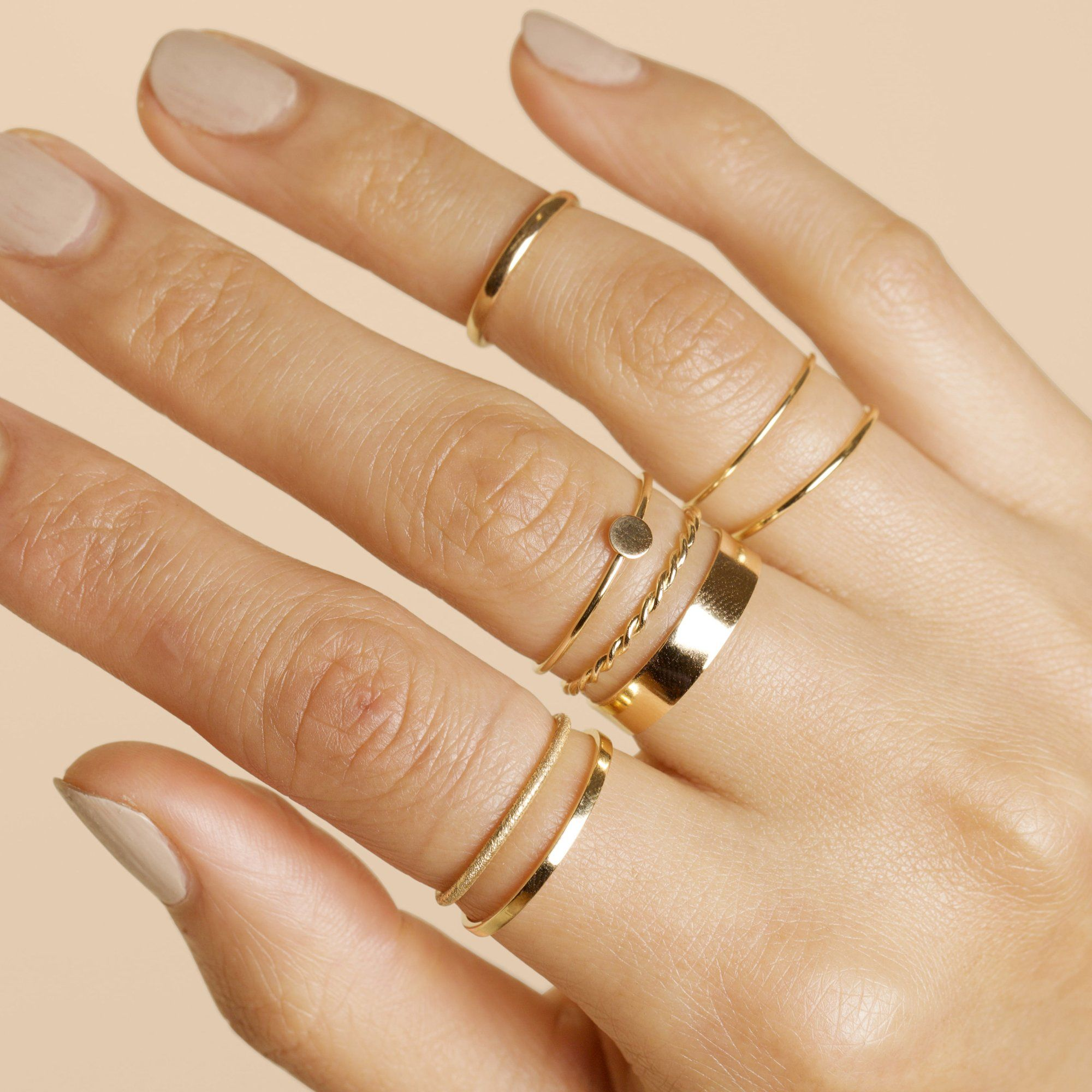 Bold Gold Twist Ring – STONE AND STRAND