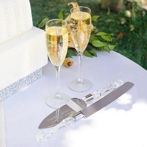 Classic Wedding Day Champagne Flutes & Cake Server Set