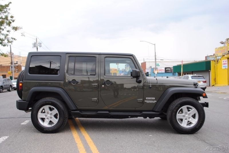 2015 Jeep Wrangler Sport Unlimited 4x4 4WD Automatic AT