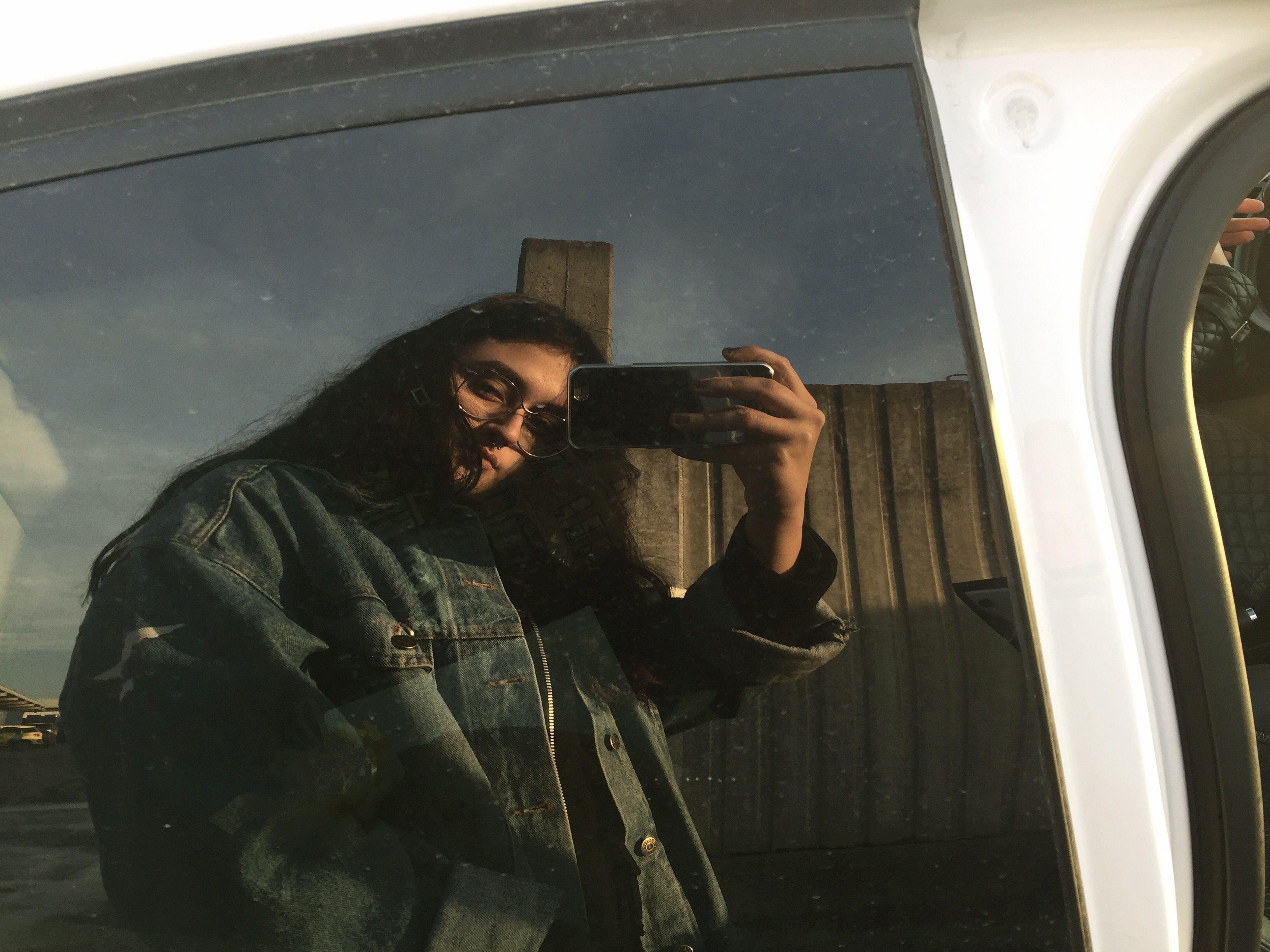 Tumblr Instagram Mirror Selfie Denim Jacket 90s Mirror