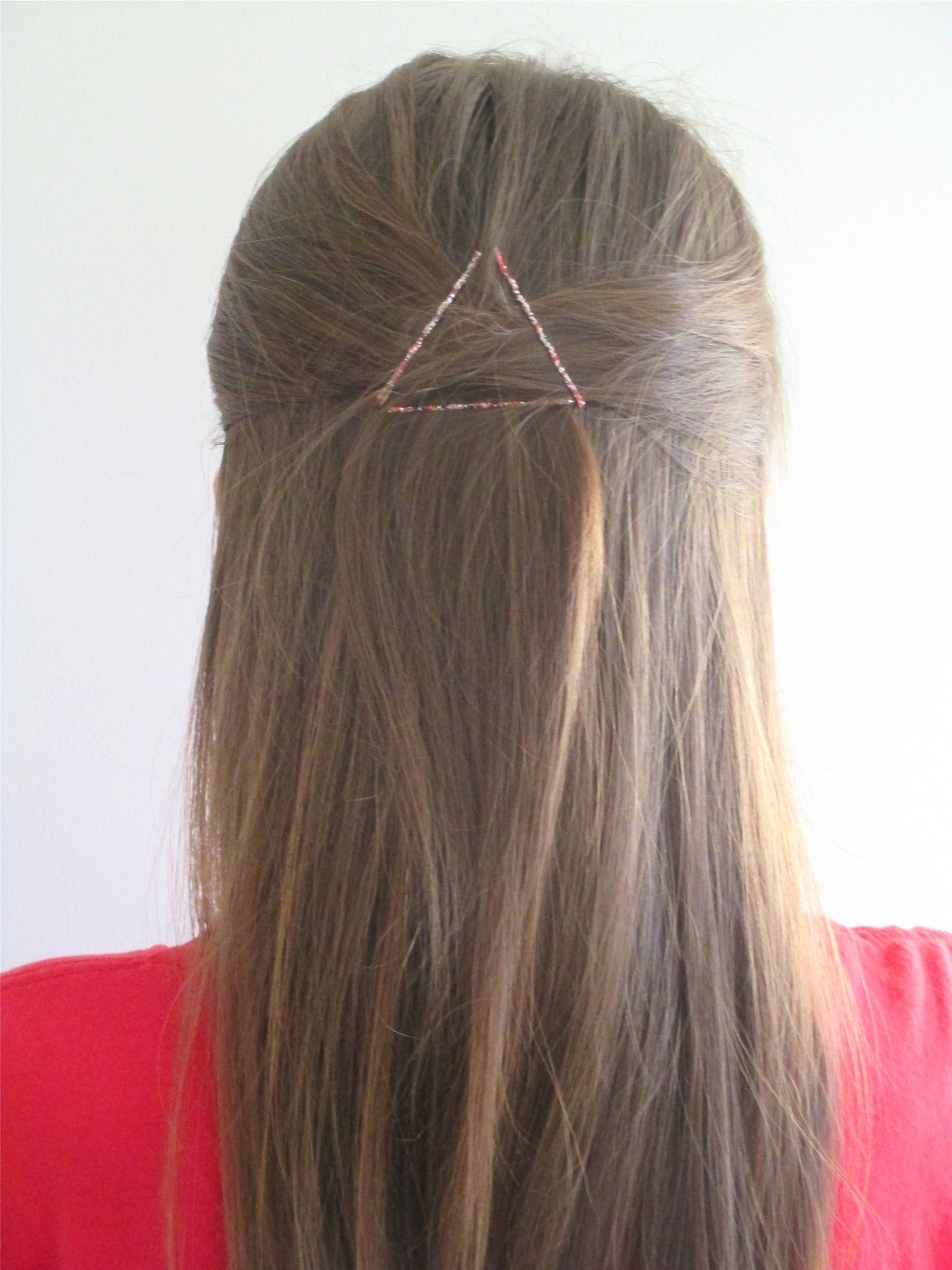 5 Cute Easy Hairstyles Using Only Bobby Pins Bobby Pin Hairstyles Hair Scarf Styles Headband Hairstyles