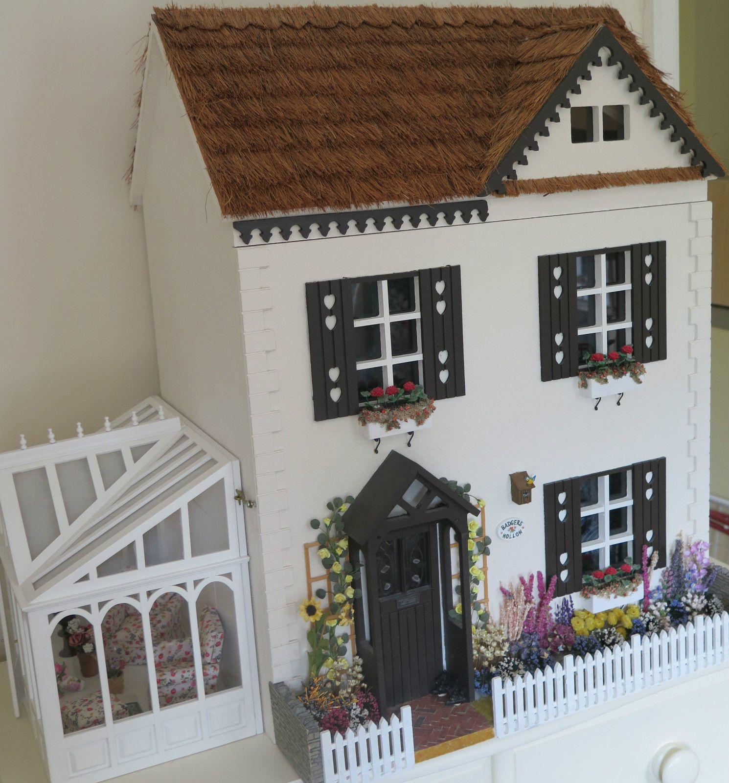 Dollhouse Wallpaper Conservatory