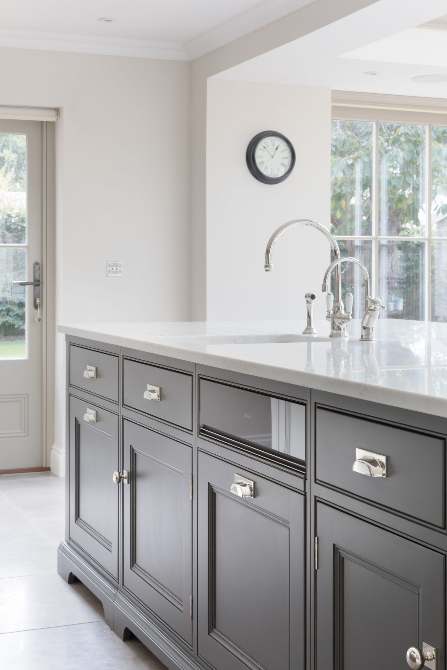 Classic Contemporary Kitchen Project Sevenoaks Kent Humphrey Munson Kitchens Kitchenfaucetken American Kitchen Design Kitchen Design Luxury Kitchen Design