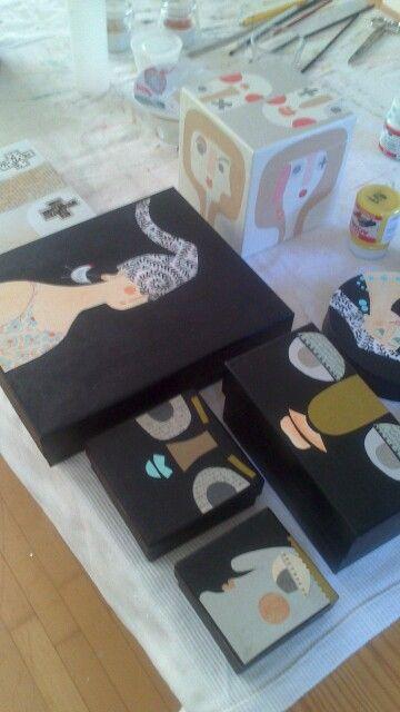 Cajas reciclandas. C. Fraile