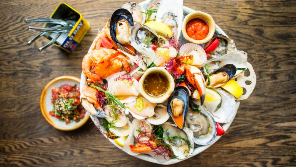 Tour Lowertown S New Seafood Restaurant Twin