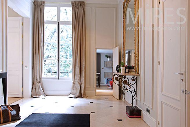 Hall du0027entrée haussmanien #chic #elegance #deco #interieur Déco